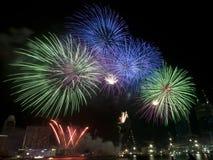 Fuochi d'artificio alla ripetizione di giorno nazionale di Singapore Immagine Stock Libera da Diritti