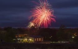 Fuochi d'artificio alle celebrazioni di giorno del Canada Fotografia Stock