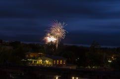Fuochi d'artificio alle celebrazioni di giorno del Canada Immagine Stock Libera da Diritti