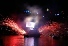 Fuochi d'artificio & rullo della roccia N Immagine Stock