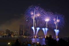 Fuochi d'artificio - azzurro Immagine Stock