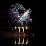 Fuochi d'artificio blu, rossi e verdi Immagini Stock Libere da Diritti