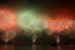 Fuochi d'artificio cinesi 2011 di nuovo anno di Hong Kong Immagini Stock Libere da Diritti