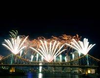 Fuochi d'artificio con Copyspace fotografie stock