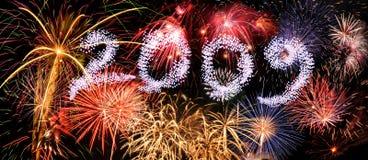 Fuochi d'artificio con l'anno 2009 Fotografie Stock Libere da Diritti