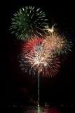 Fuochi d'artificio con la riflessione del lago Fotografia Stock