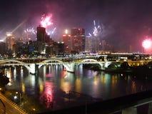 Fuochi d'artificio della città immagine stock