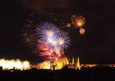 Fuochi d'artificio di Budapest Fotografia Stock