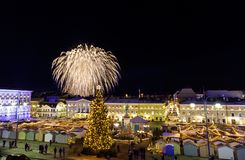 Fuochi d'artificio di festa dell'indipendenza a Helsinki, Finlandia il 6 dicembre, Immagini Stock Libere da Diritti