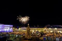 Fuochi d'artificio di festa dell'indipendenza a Helsinki, Finlandia il 6 dicembre, Fotografia Stock