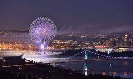 Fuochi d'artificio di giorno del Canada a Vancouver del centro Fotografie Stock