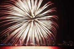Fuochi d'artificio di giorno nazionale del Qatar Immagini Stock Libere da Diritti