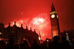 Fuochi d'artificio di notte di San Silvestro Immagini Stock Libere da Diritti