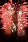 Fuochi d'artificio di nuovo anno su Taipeh 101 Fotografia Stock Libera da Diritti