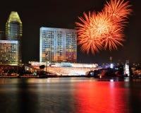 Fuochi d'artificio durante l'apertura 2010 dei Giochi Olimpici della gioventù Fotografie Stock