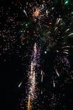 Fuochi d'artificio e fondo vago bokeh fotografie stock