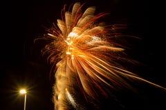 Fuochi d'artificio e lampione Immagini Stock Libere da Diritti