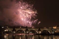 Fuochi d'artificio festivi di nuovo anno 2008 Fotografia Stock Libera da Diritti