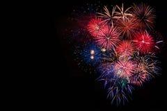 Fuochi d'artificio luminosi festivi di celebrazione Fotografia Stock