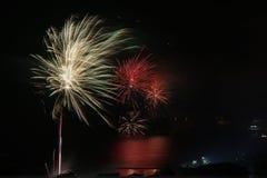 Fuochi d'artificio nel 2019 fotografie stock libere da diritti