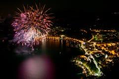 Fuochi d'artificio nella baia della polizia Fotografia Stock Libera da Diritti