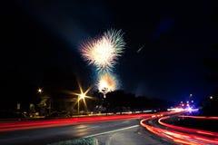 Fuochi d'artificio nella città Fotografia Stock