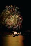 Fuochi d'artificio rossi e verdi, Vancouver, BC Fotografia Stock