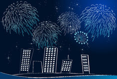 Fuochi d'artificio sopra il cityline Fotografia Stock Libera da Diritti