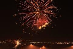 Fuochi d'artificio sopra l'autostrada senza pedaggio Fotografia Stock Libera da Diritti