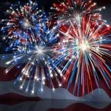 Fuochi d'artificio sopra la bandierina 3 degli Stati Uniti Fotografia Stock Libera da Diritti