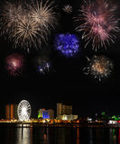 Fuochi d'artificio sopra la spiaggia di Pensacola Fotografia Stock