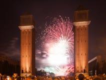 Fuochi d'artificio variopinti a Plaza de Espana Fotografia Stock Libera da Diritti