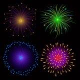 Fuochi d'artificio variopinti su fondo scuro Immagine Stock