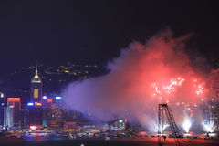 Fuochi d'artificio a Victoria Harbour, Hong Kong Fotografia Stock