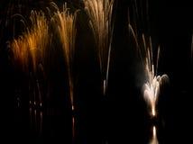 Fuoco d'artificio alla celebrazione di festa della città Fotografie Stock Libere da Diritti