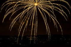 Fuoco d'artificio arancio Immagine Stock