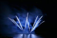 Fuoco d'artificio blu Fotografia Stock