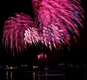 Fuoco d'artificio celebratorio immagini stock