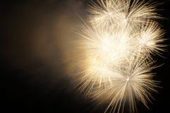 Fuoco d'artificio con fumo Fotografia Stock Libera da Diritti