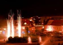 Fuoco d'artificio di nuovo anno sottragga la priorità bassa Fuoco d'artificio in città Copi lo spazio per testo Immagini Stock