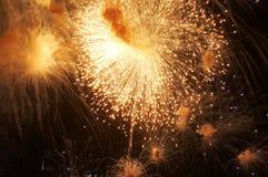 Fuoco d'artificio in onore della festa dell'indipendenza Fotografie Stock