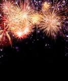 Fuoco d'artificio su fondo nero Immagine Stock