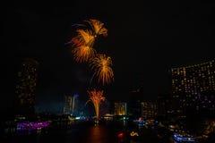 Fuoco d'artificio sul fiume, Bangkok Tailandia immagine stock libera da diritti