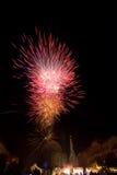Fuoco d'artificio in una città Fotografia Stock Libera da Diritti