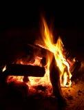 fuoco di accampamento Immagini Stock Libere da Diritti