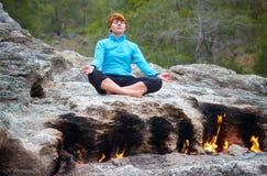 Fuoco di yoga Fotografia Stock Libera da Diritti