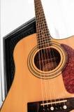 Fuoco selettivo della chitarra acustica Fotografia Stock
