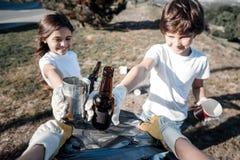 Fuoco selettivo delle bottiglie Fotografia Stock Libera da Diritti