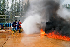 Fuoco sugli insegnamenti del Ministero delle situazioni di emergenza Fotografia Stock Libera da Diritti