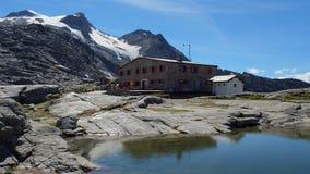 Fuorcla Surlej в лете, августе 2014 (Engadin, Graubunden, Швейцарии) Стоковые Фотографии RF